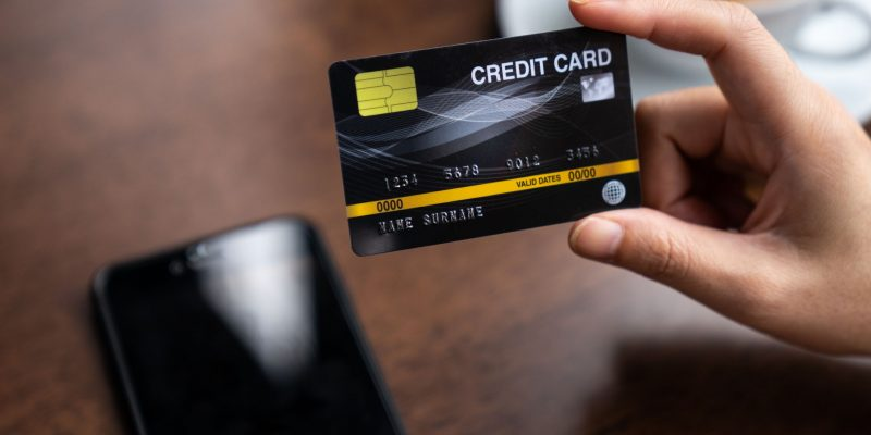 What is the Eligibility to Apply for a Credit Card?